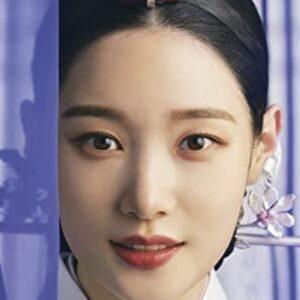 ノ・ハギョンを演じる女優チョン・チェヨン